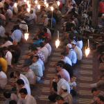 Një vepër e ndaluar kur imami mban hutbe