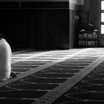 Çfarë duhet të bëjë ai që është falur dhe pastaj shikon se ka qenë xhunub?