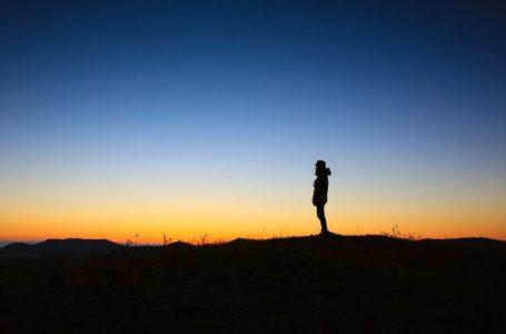 Ç'do të thotë besimi se Zoti është një ?