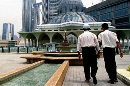 9 veprat qe duhet ti besh ne diten e Xhuma para se te shkosh ne xhami